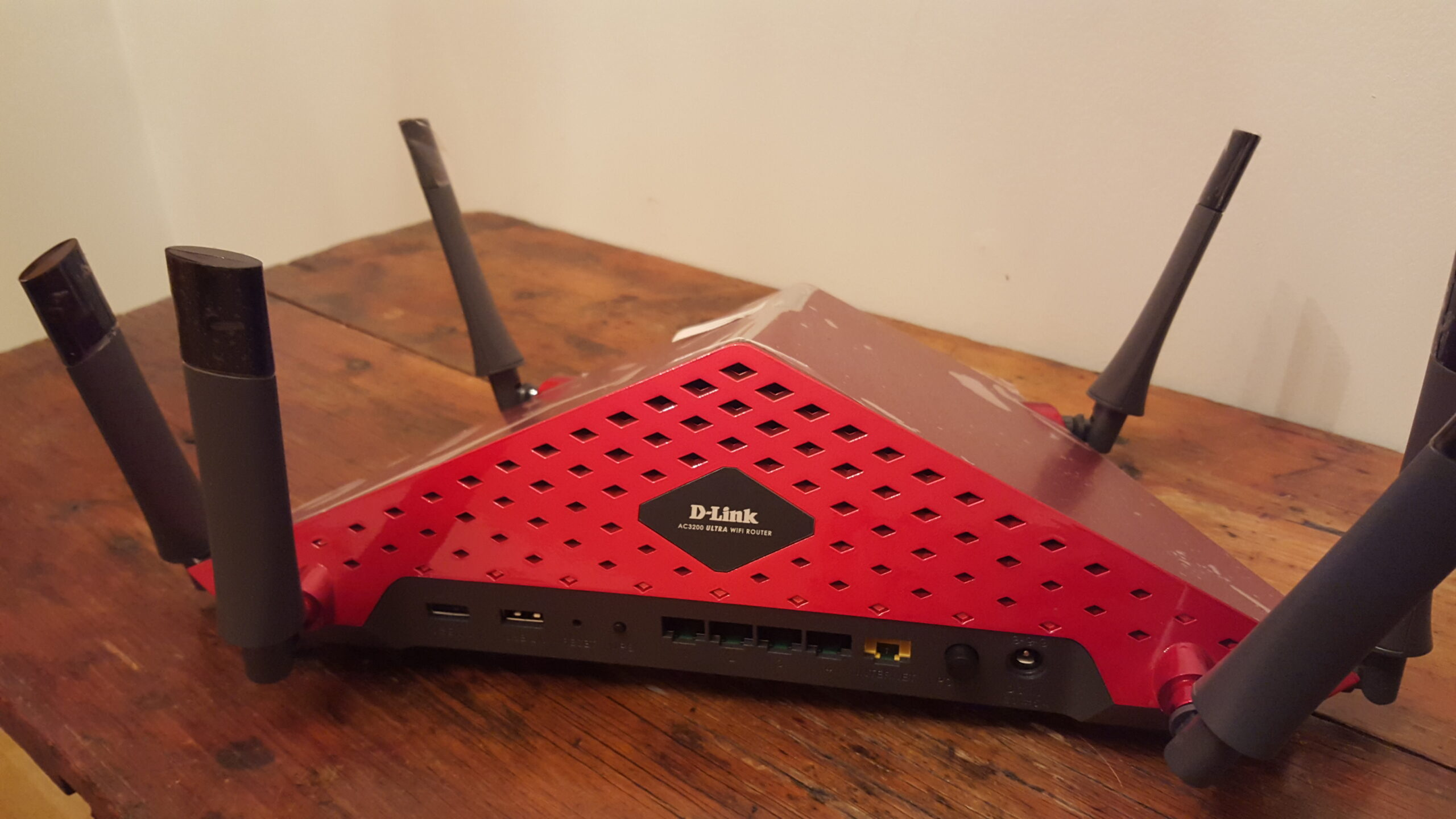D Link Ac3200 Ultra Wi Fi Router For Serious Gamers
