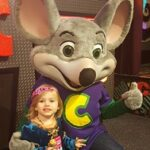 Why You Should Plan Your Child's Birthday at Chuck E Cheese | #ChuckECheese