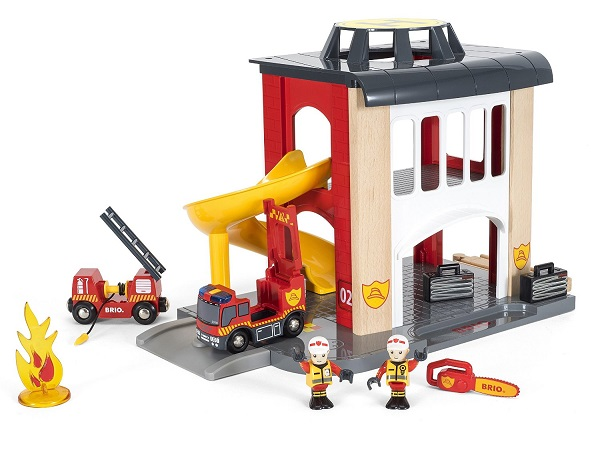 brio-central-village-fire-station