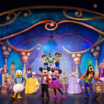 Experience the Magic with Disney Live Mickey & Minnie's Doorway to Magic | #DisneyLive #Disney