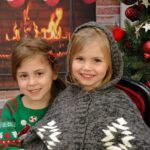 Save on Gorgeous Holiday Photos with Portrait Innovations | #HolidaySavings #PortraitInnovations