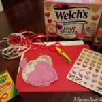 Sweeten Up Your DIY Valentines With Welch's Fruit Snacks | #Welchs #ValentinesDay