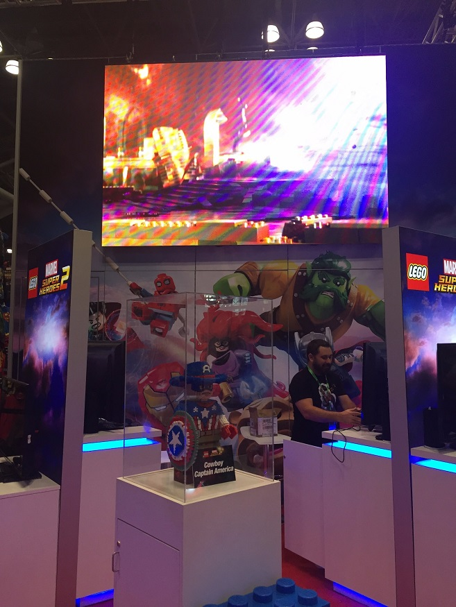Lego Marvel Display NYCC