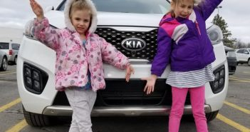 girls kia