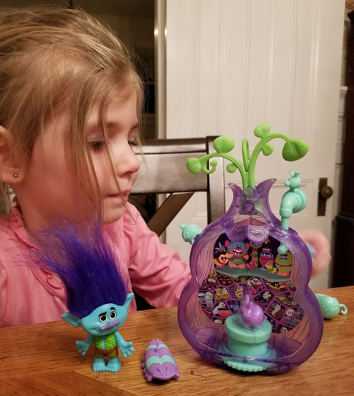trolls branch toy hasbro