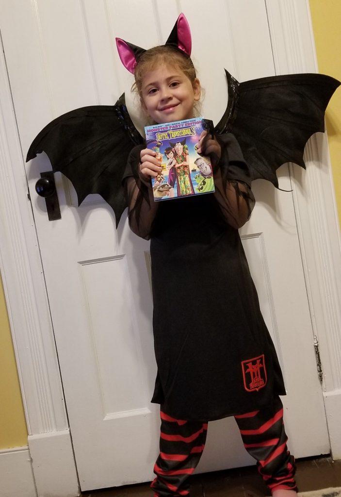 Mavis Halloween Costume Hotel T 3