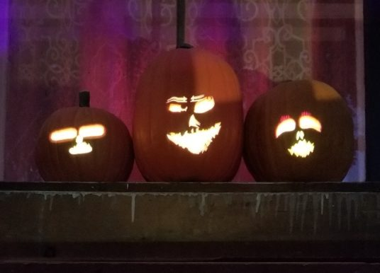 How To Make Super Cool Singing Pumpkins for Halloween