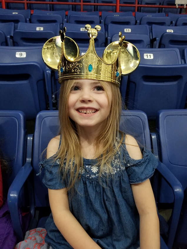 Disney on Ice Crown