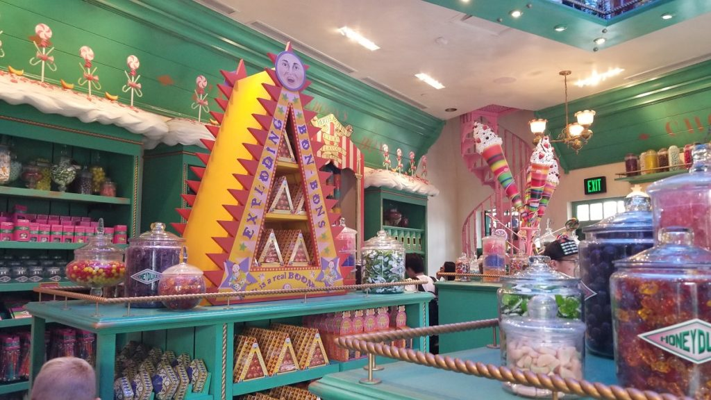 Wizarding World Universal Hollywood honeydukes