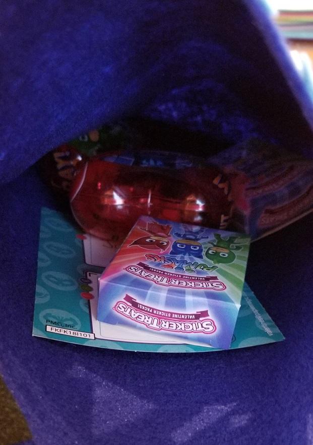 inside diy catboy valentine holder pj masks