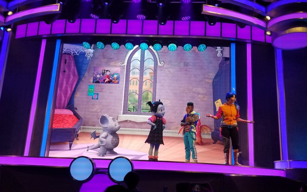 Vampirina Disney Junior Dance Party