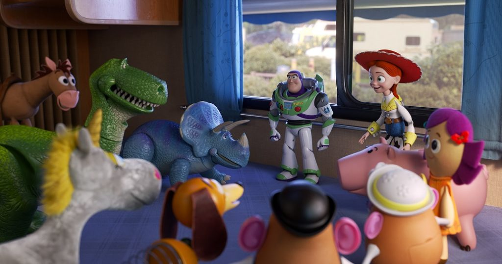 TOY STORY 4 Buzz and toys