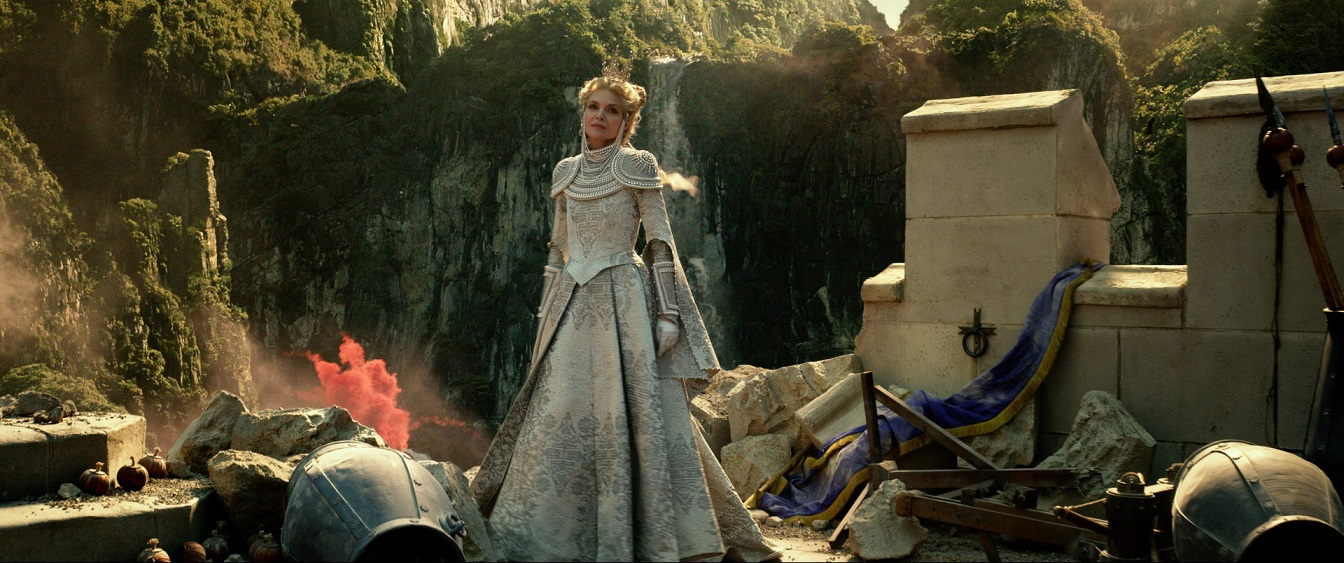 Maleficent Mistress Of Evil Is Visually Stunning But Very