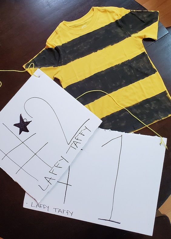 Spelling Bee Costume with Signs