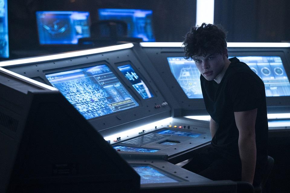 curran walters titans season 3